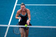 Jelena Jankovic beats Venus Williams in Hong Kong Open semi-finals
