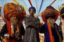 Bollywood Friday: 'Singh Is Bliing' or 'Talvar'; what's your pick?