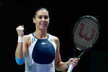 Flavia Pennetta improves to 1-1 at WTA Finals by beating Agnieszka Radwanska