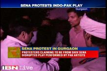 Play by Pakistani artists disrupted by Shiv Sena members, expelled by angry organisers