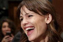 Jennifer Garner looks stunning at her first red carpet appearance after Ben Affleck split