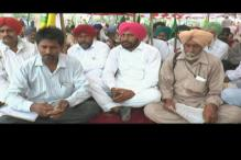 Punjab farmers protest against declining Basmati rice prices, government in a fix
