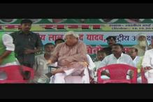 Narrow escape for Lalu Prasad as ceiling fan falls next to him during election rally