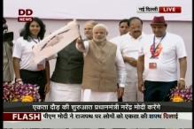 Modi pays tribute to Sardar Patel on his 140th birth anniversary, flags off 'Run for Unity' event