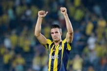 Robin van Persie predicts Turkey slip up as Dutch chase playoffs