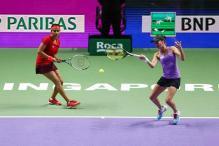 Sania Mirza-Martina Hingis storm into WTA Finals semis