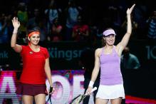 Sania Mirza-Martina Hingis beat Chan sisters to reach 10th final Of year