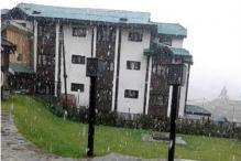 In Pics: Season's first snowfall in Gulmarg and Kongdoori in J&K