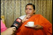 Uma Bharti targets intellectuals, says returning awards tarnishing India's image not government's