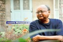 Odisha poet Dr Jayanta Mahapatra returns his Padma Shri award in protest against rising intolerance