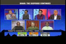 Exit polls predict close fight in Bihar with edge to Nitish Kumar