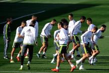 Full squad available to Real Madrid coach Benitez for El Clasico