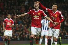 Manchester United stun West Bromwich Albion 2-0 in the EPL