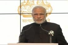 We want the world to work with urgency on climate change, India should lead, says PM Modi in Paris