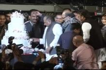 Mulayam birthday bash: Rahman performs, Lalu conspicuous by absence