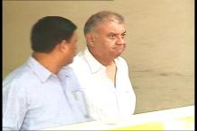 Had advised Peter Mukerjea not to talk to media: Mahesh Jethmalani