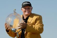 Veteran golfer Peter Senior becomes oldest Australian Masters champion