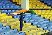 Ardent fan of MS Dhoni grabs attention in Mohali Test