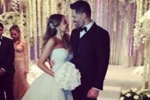 Snapshot: Sofia Vergara and Joe Manganiello tie the knot in a beautiful rose theme ceremony