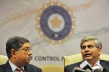 BCCI sacks N Srinivasan as ICC chairman, Shashank Manohar to take over