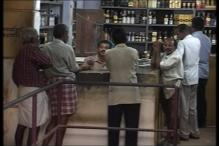 Blow to Kerala bar owners, SC allows liquor to be served only in 5 star hotels