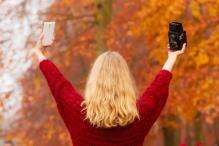 Clicking Too Many Selfies? You Could Be at Risk of 'Selfie Elbow'