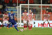 ISL 2015: Chennaiyin FC have upper hand ahead of second-leg semi-final clash against Atletico de Kolkata
