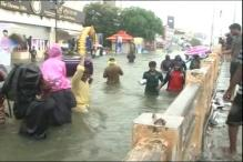 Chennai: A flooded city rises to the occasion, no blame game, backs government's rescue & relief efforts