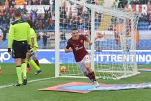 Serie A: Roma end winless streak with 2-0 victory over Genoa;  Juventus beat Carpi