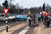 Amsterdam unveils tips for wobbly tourists on their bikes