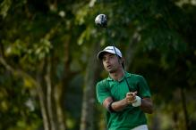 Jyoti Randhawa soars to sole lead after second round at McLeod Russel Tour golf