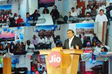 Reliance Jio launches 4G services; Shah Rukh Khan, AR Rahman win hearts with power-packed performances