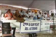 OROP protest: 4 ex-servicemen climbs water tank, threatens suicide