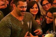 Have you seen these inside photos from Salman Khan's 50th birthday bash?