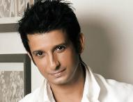 I don't want to limit myself and do things in a particular way to suit others' perception: Sharman Joshi