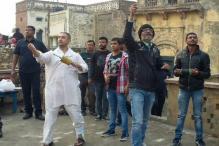 Aamir Khan celebrates Makar Sankranti on the sets of 'Dangal', flies kite with his team