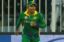 Pakistan ban Umar Akmal for first T20 against New Zealand