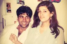 Photo of the day: Akshay Kumar 'can't take his eyes off' wife Twinkle Khanna