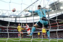 Sanchez's strike lights up Arsenal's third successive FA Cup title hopes