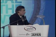 Mukesh Ambani pushes for Modi's pet project 'Digital India'