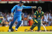 Dhoni is still the best man to lead India, says Michael Hussey
