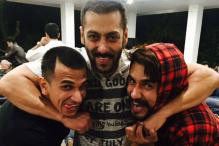 Photo of the day: 'Bigg Boss 9' contestants enjoy a day out with Salman Khan