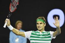 Roger Federer races into Australian Open quarters with demolition of David Goffin
