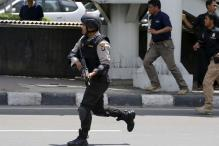 Brazen attacks in Jakarta leave 5 terrorists, 3 others dead