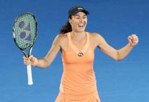 15 years after being top singles player, Martina Hingis attains world No. 1 ranking in doubles