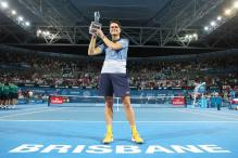Milos Raonic beats Roger Federer to clinch Brisbane International title