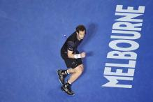 Andy Murray downs Bernard Tomic to reach Australian Open quarter-finals