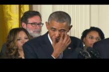 Obama breaks down in tears during speech on gun violence