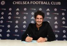 Chelsea complete Alexandre Pato loan deal
