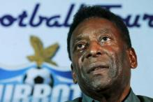 Pele recovering well from hip surgery in New York